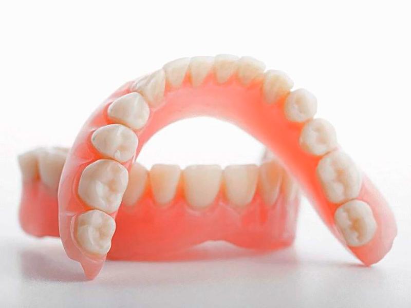Лучший вид зубного протезирования